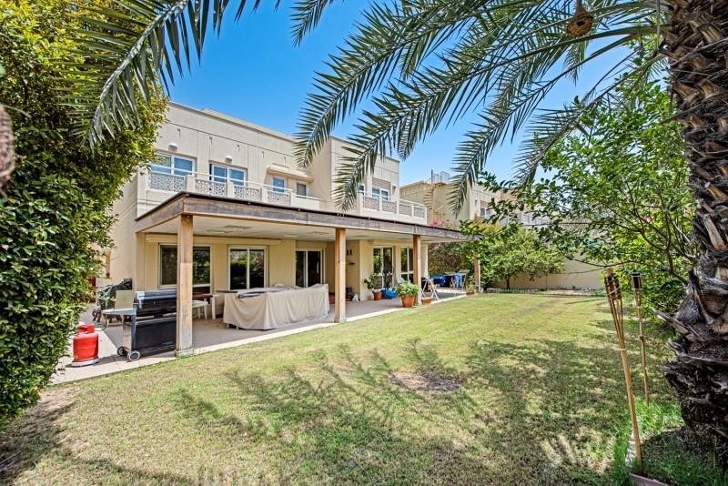 5 Bedroom Villa For Sale in  Meadows 1,  Meadows   16