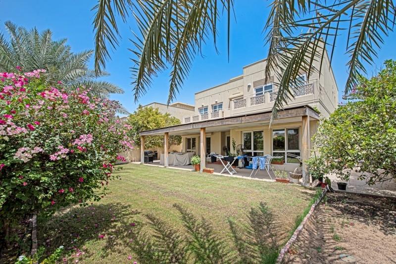 5 Bedroom Villa For Sale in  Meadows 1,  Meadows   17
