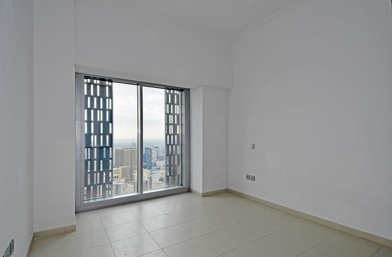 4 Bedroom Apartment For Sale in  Cayan Tower,  Dubai Marina   11