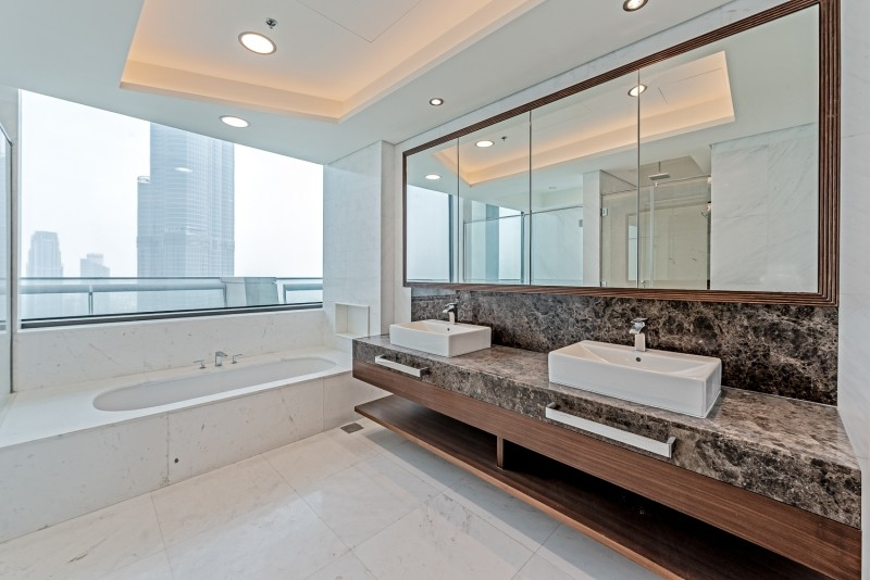 4 Bedroom Penthouse For Sale in  Burj Vista 1,  Downtown Dubai   13