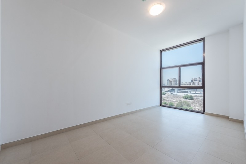 2 Bedroom Apartment For Rent in  Iris Amber Tower,  Al Jaddaf | 4