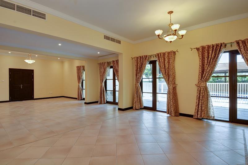 5 Bedroom Villa For Sale in  Ponderosa,  The Villa | 6