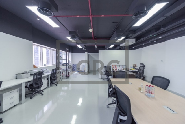 1,182 sq.ft. Office in Business Bay, Westburry Tower 1 for AED 1,000,000