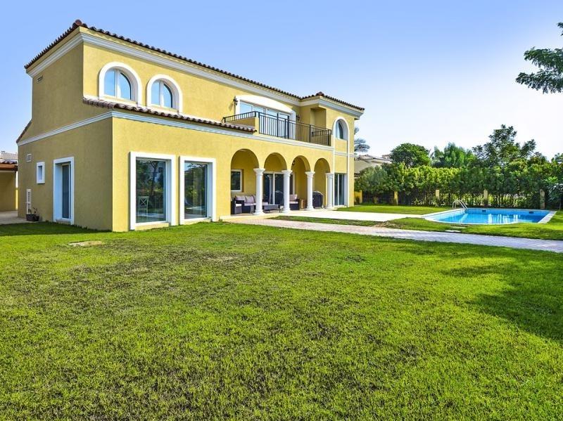 5 Bedroom Villa For Sale in  Family Villas,  Green Community | 0