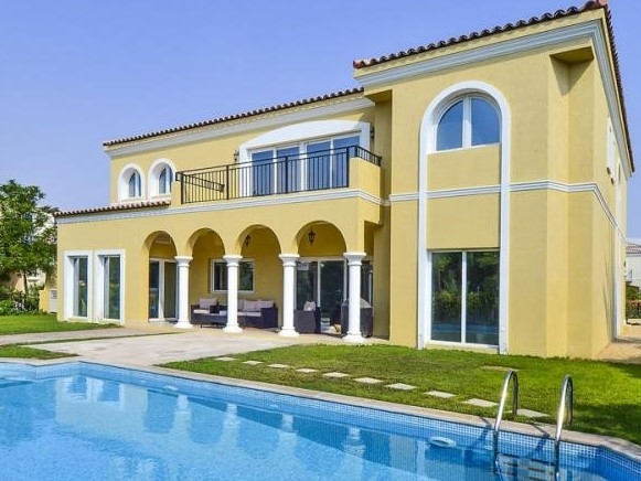 5 Bedroom Villa For Sale in  Family Villas,  Green Community | 2