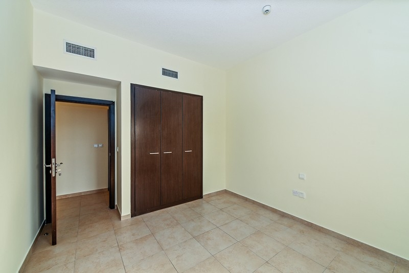 2 Bedroom Apartment For Sale in  Al Thamam 2,  Remraam | 9