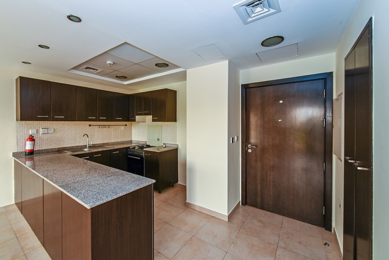 2 Bedroom Apartment For Sale in  Al Thamam 2,  Remraam | 6