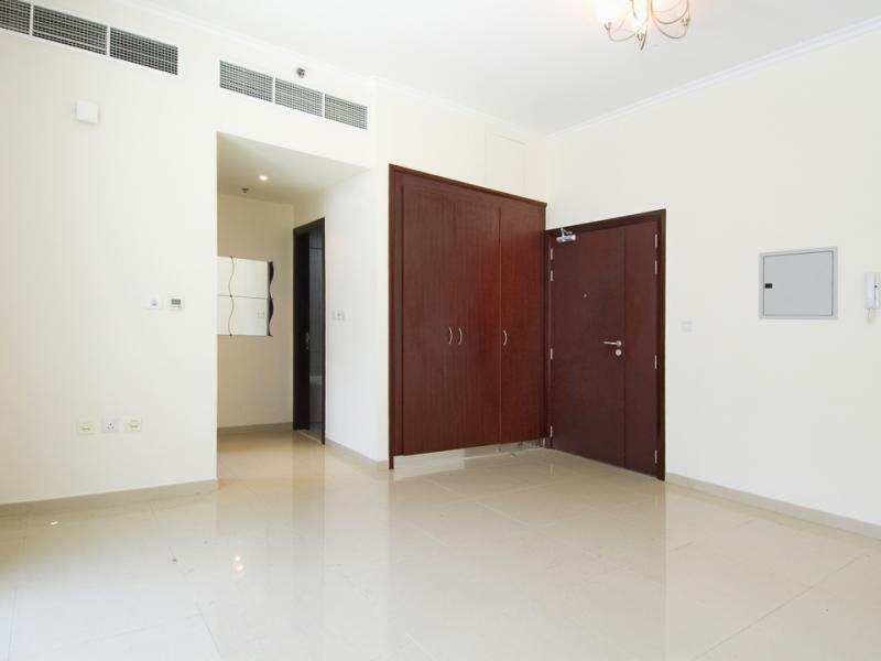 Studio Apartment For Sale in  Dec 1,  Dubai Marina | 2