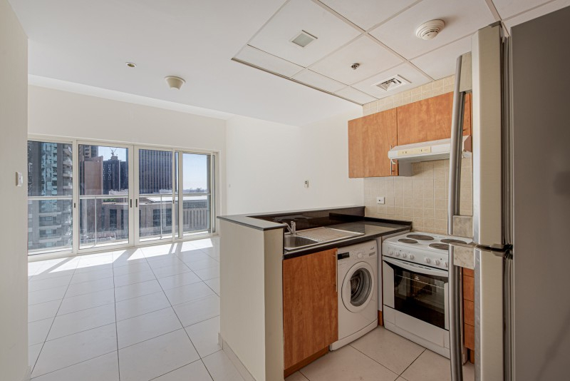 1 Bedroom Apartment For Sale in  Marina View Tower A,  Dubai Marina   3