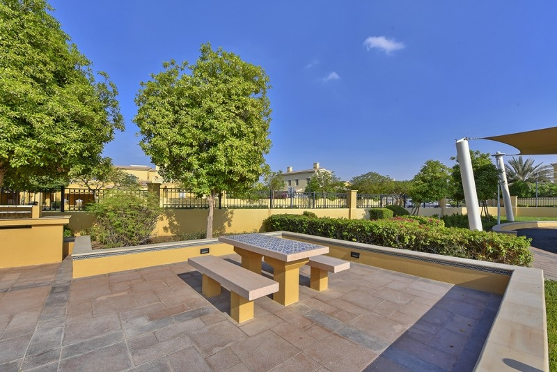 2 Bedroom Villa For Sale in  Palmera 3,  Arabian Ranches   13