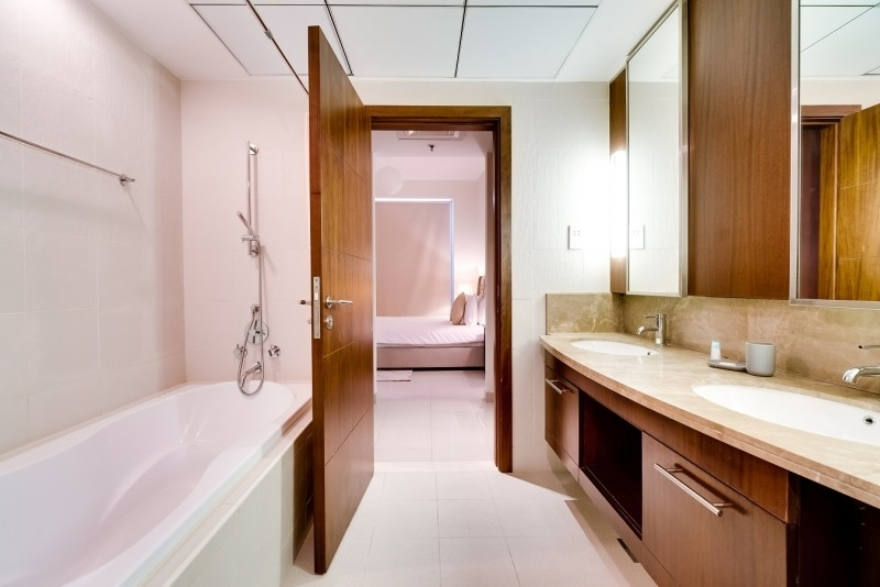2 Bedroom Apartment For Rent in  Standpoint A,  Downtown Dubai   13