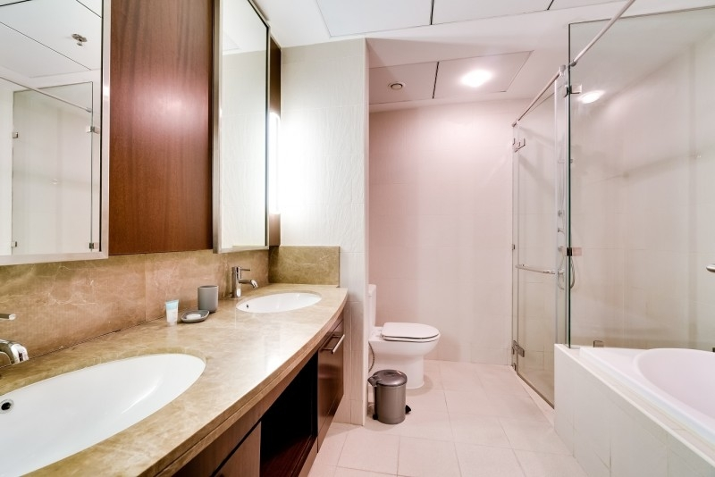 2 Bedroom Apartment For Rent in  Standpoint A,  Downtown Dubai   10
