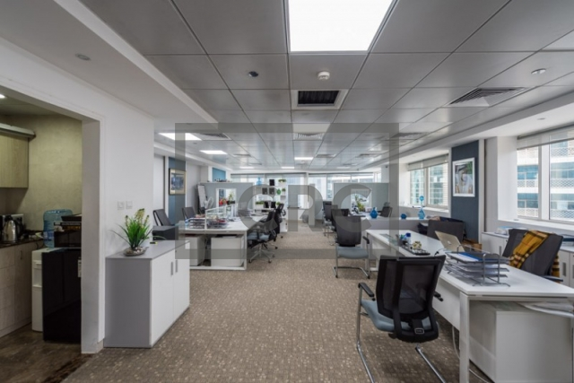 1,180 sq.ft. Office in Business Bay, Westburry Tower 1 for AED 1,360,000