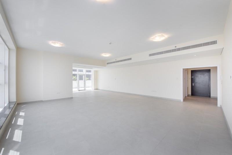 4 Bedroom Penthouse For Rent in  Marina Arcade Tower,  Dubai Marina | 1