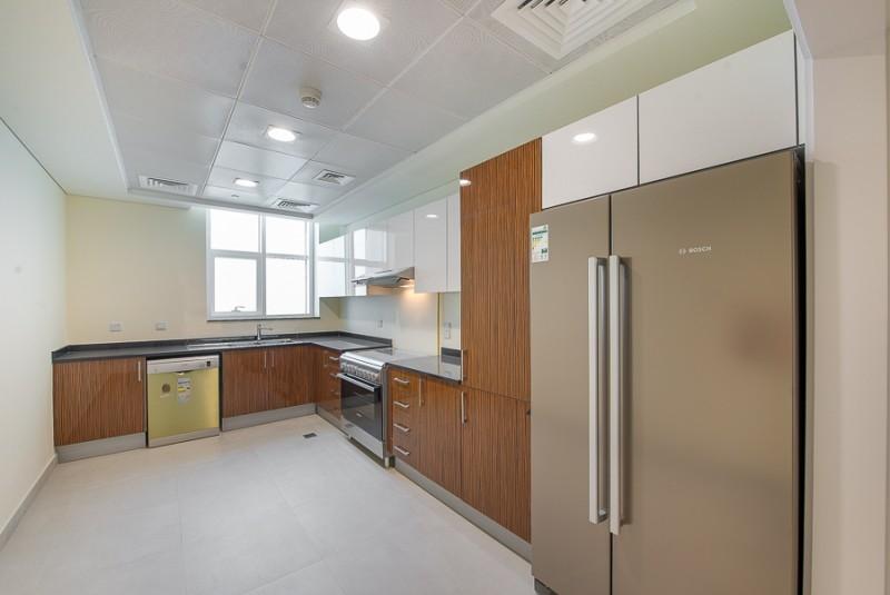4 Bedroom Penthouse For Rent in  Marina Arcade Tower,  Dubai Marina | 10