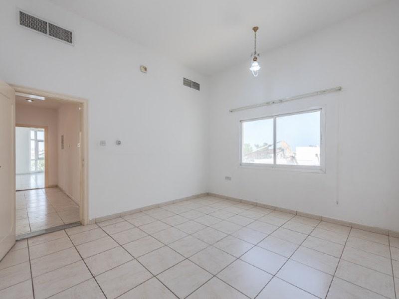 4 Bedroom Villa For Rent in  Umm Suqeim,  Umm Suqeim | 10