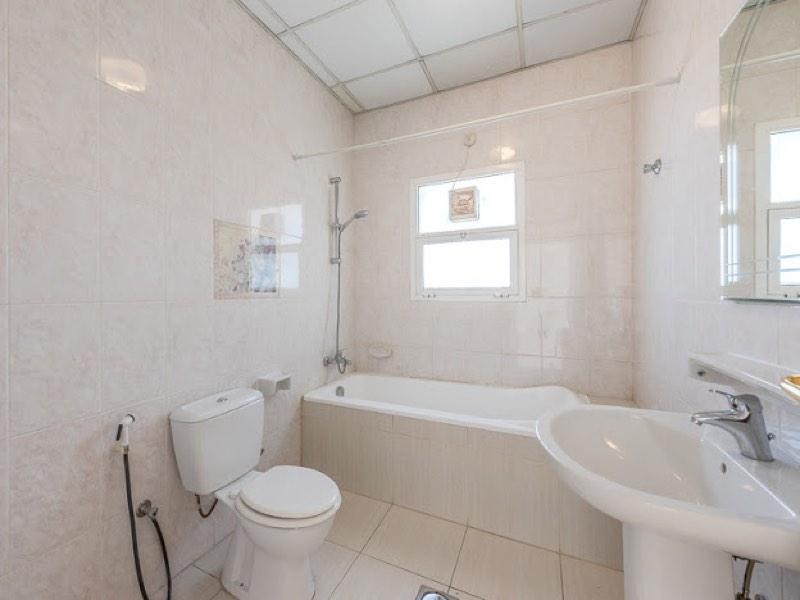 4 Bedroom Villa For Rent in  Umm Suqeim,  Umm Suqeim | 9