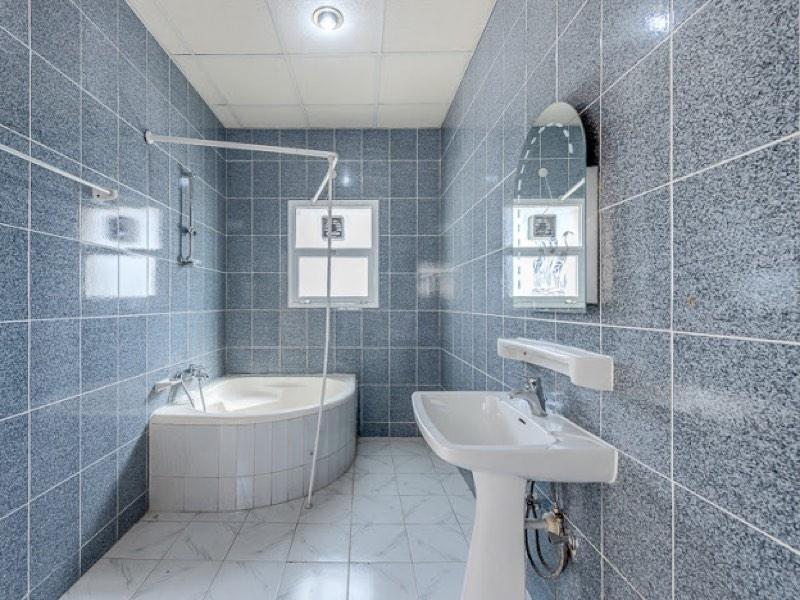 4 Bedroom Villa For Rent in  Umm Suqeim,  Umm Suqeim | 7
