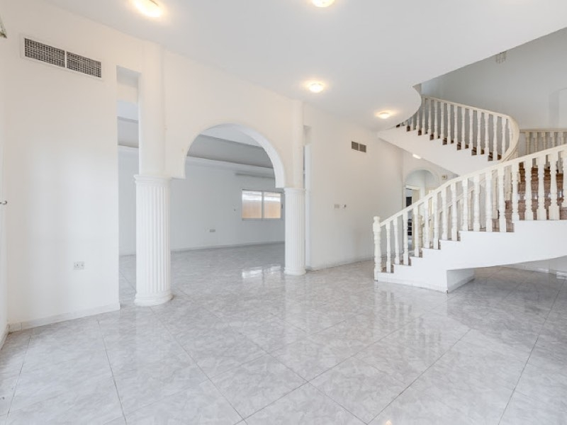 4 Bedroom Villa For Rent in  Umm Suqeim,  Umm Suqeim | 0