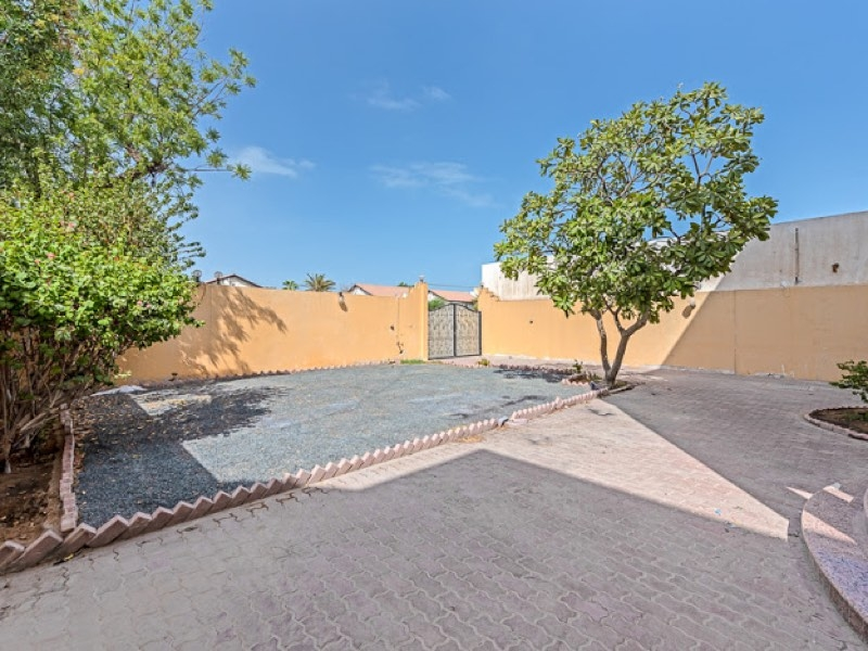 4 Bedroom Villa For Rent in  Umm Suqeim,  Umm Suqeim | 12