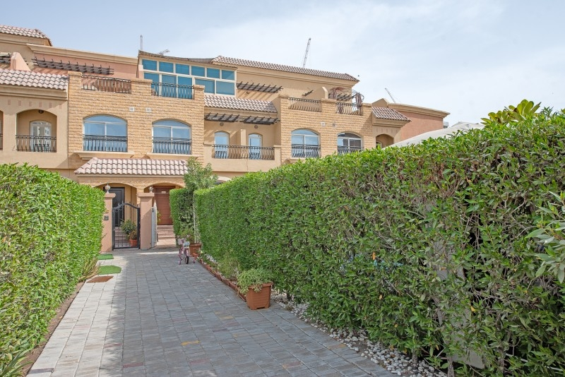 3 Bedroom Townhouse For Sale in  Diamond Views 3,  Jumeirah Village Circle   0