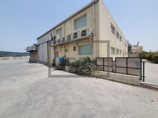 37,500 sq.ft. Warehouse in Al Quoz, Al Quoz 4 for AED 900,000