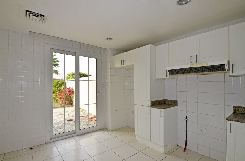 3 Bedroom Villa For Rent in  Springs 11,  The Springs | 5