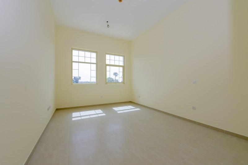 2 Bedroom Apartment For Rent in  Al Ferdous Building 1,  Al Safa   4