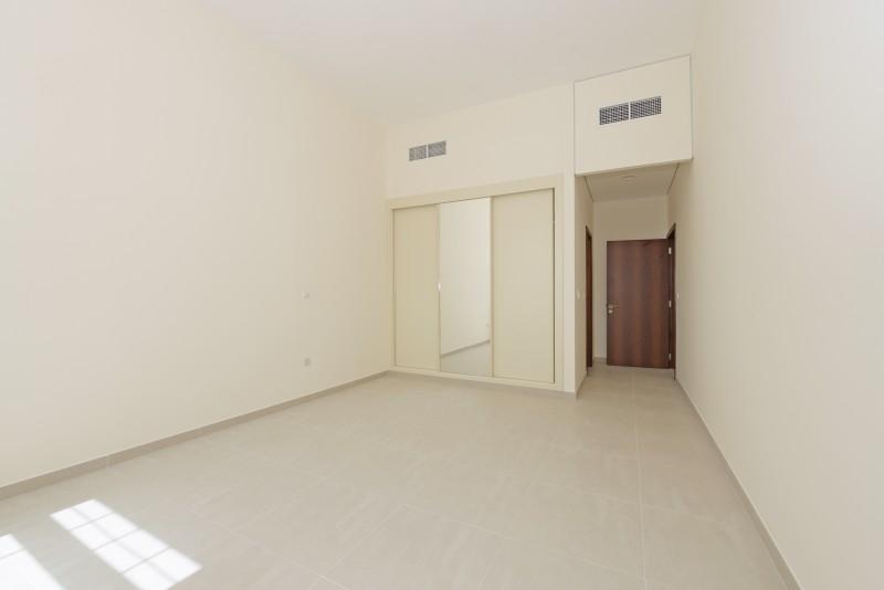 2 Bedroom Apartment For Rent in  Al Ferdous Building 1,  Al Safa   6
