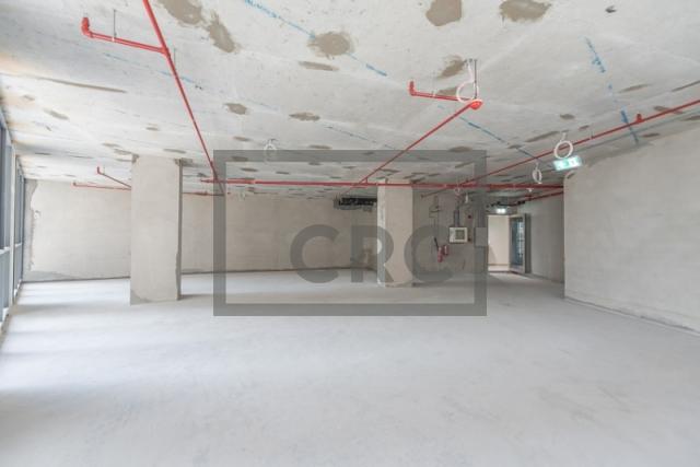 1,670 sq.ft. Office in Deira, Corniche Deira for AED 150,300