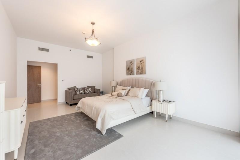 3 Bedroom Apartment For Rent in  Corniche Deira,  Deira   3