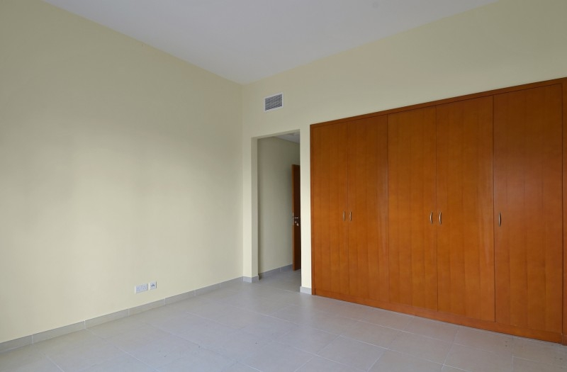 1 Bedroom Apartment For Sale in  Southwest Apartments,  Green Community   4