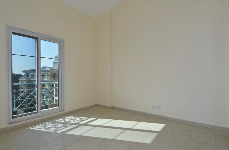 1 Bedroom Apartment For Sale in  Southwest Apartments,  Green Community   5