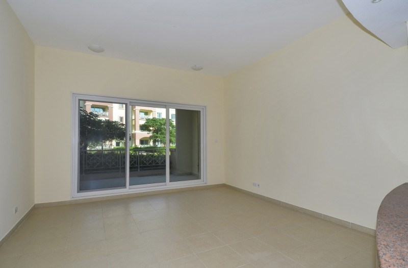 1 Bedroom Apartment For Sale in  Southwest Apartments,  Green Community   3