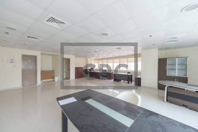 1,122 sq.ft. Office in Jumeirah Lake Towers, Hds Tower for AED 75,000