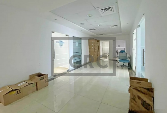 office for sale in sheikh zayed road, latifa tower   3