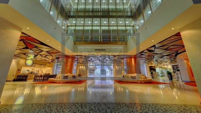 office for sale in sheikh zayed road, latifa tower   7