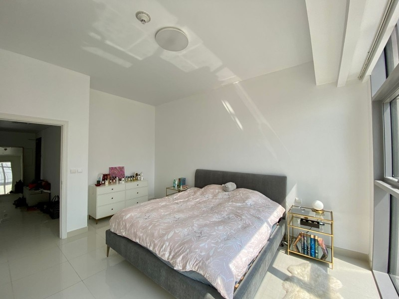 1 Bedroom Apartment For Rent in  Boulevard Crescent 2,  Downtown Dubai   2