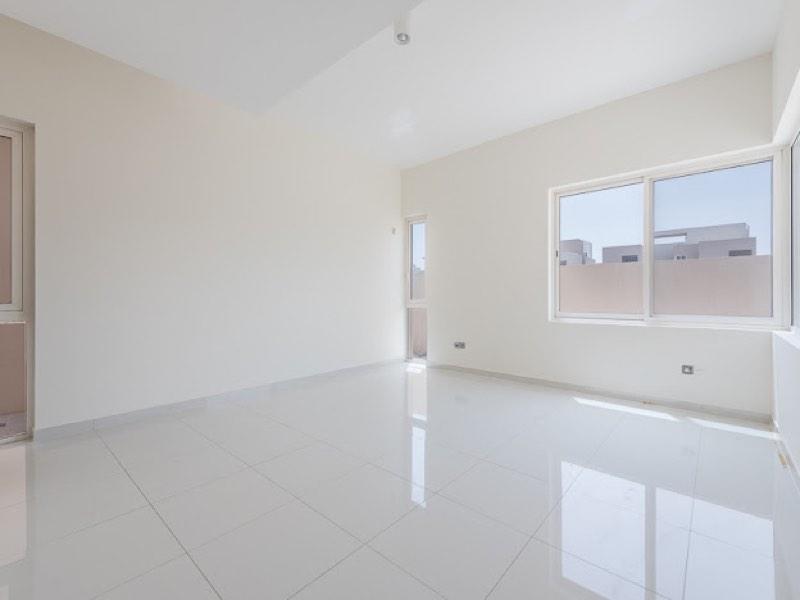 5 Bedroom Villa For Sale in  Veneto Villas,  Dubai Waterfront | 4