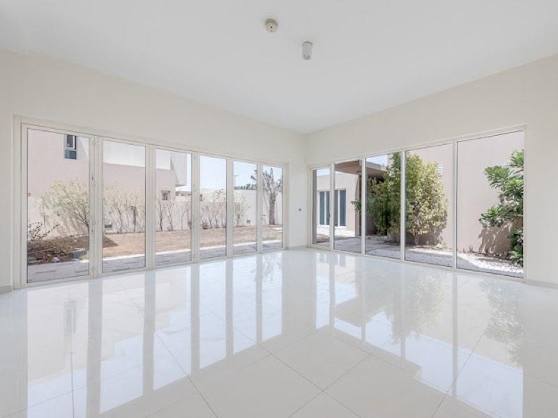 5 Bedroom Villa For Sale in  Veneto Villas,  Dubai Waterfront | 1