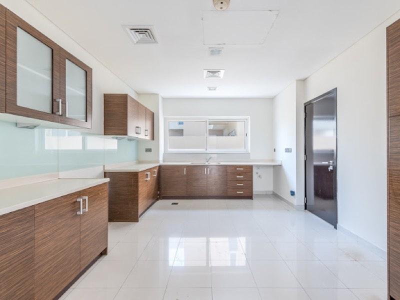 5 Bedroom Villa For Sale in  Veneto Villas,  Dubai Waterfront | 2