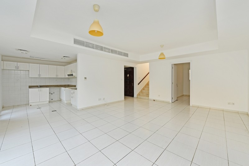 3 Bedroom Villa For Rent in  Springs 11,  The Springs | 1