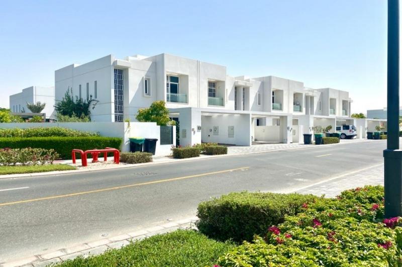 Arabella Townhouses 1, Mudon