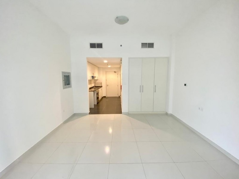 Studio Apartment For Sale in  Golf Vita A,  DAMAC Hills (Akoya by DAMAC)   2