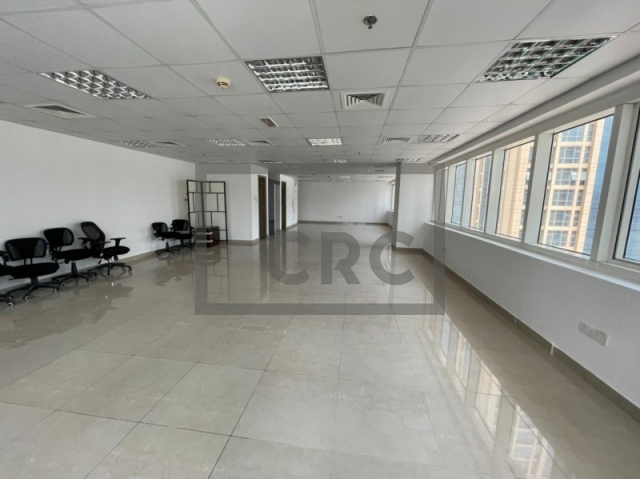 9,215 sq.ft. Office in Jumeirah Lake Towers, Hds Tower for AED 5,989,711