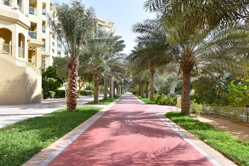 2 Bedroom Apartment For Sale in  Al Anbara,  Palm Jumeirah | 12