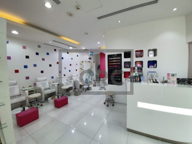 retail for sale in barsha heights (tecom), cayan business centre   3
