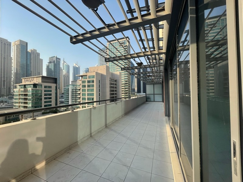 2 Bedroom Apartment For Rent in  Azure,  Dubai Marina | 3