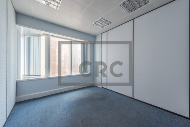 semi-furnished office for rent in sheikh zayed road, al moosa tower ii   3