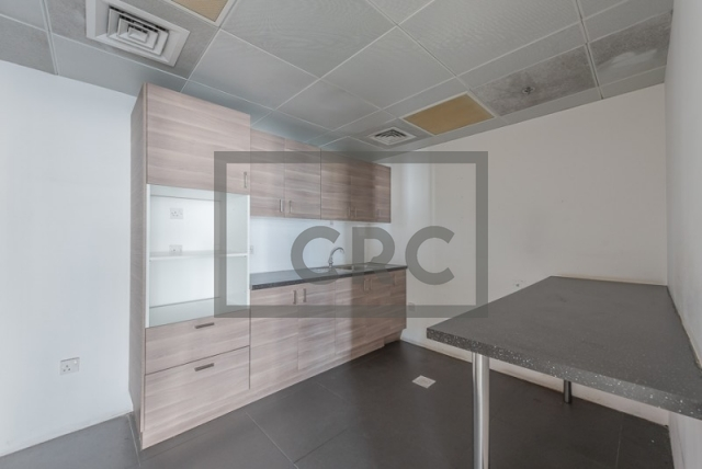 semi-furnished office for rent in sheikh zayed road, al moosa tower ii   6